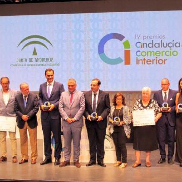 LA ASOCIACIÓN CENTRO COMERCIAL ABIERTO DE BENALMÁDENA, PREMIO ANDALUCÍA DEL COMERCIO INTERIOR