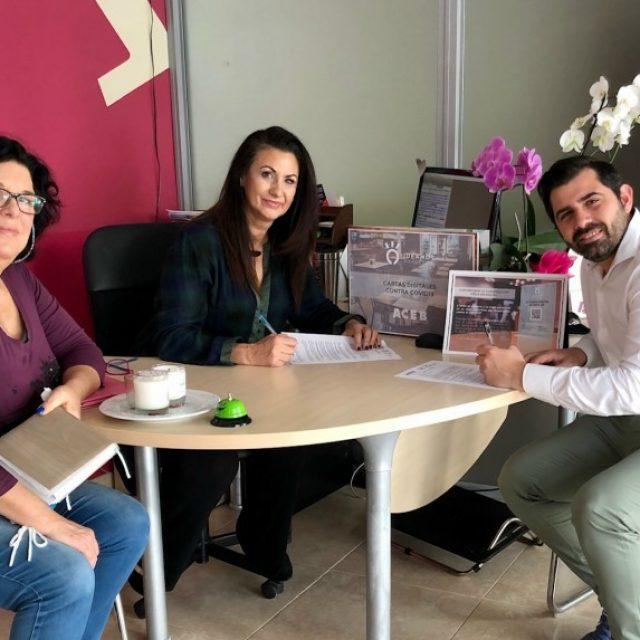 ACEB-ACCAB FIRMAN UN CONVENIO PARA FOMENTAR LA DIGITALIZACIÓN DE CARTAS DE RESTAURANTES ANTE LA CRISIS SANITARIA DEL COVID-19