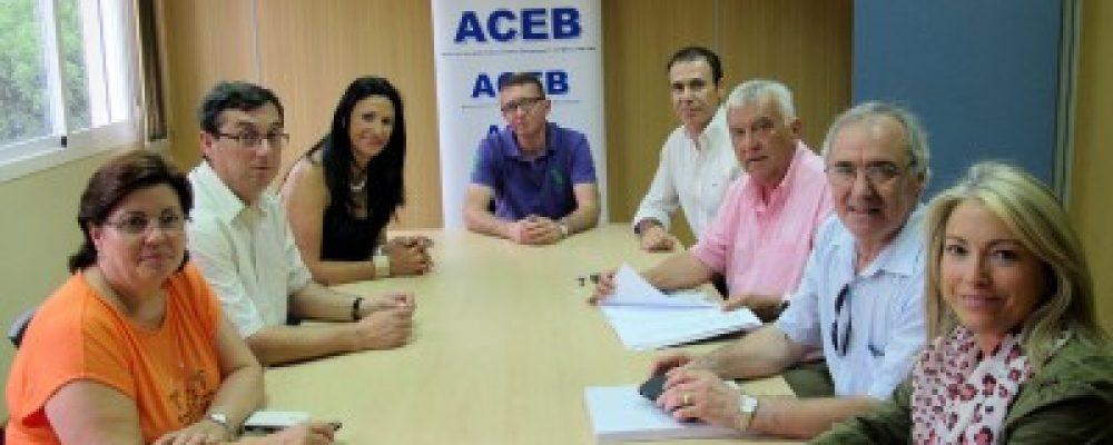 Encuentro con IU en la sede de la ACEB