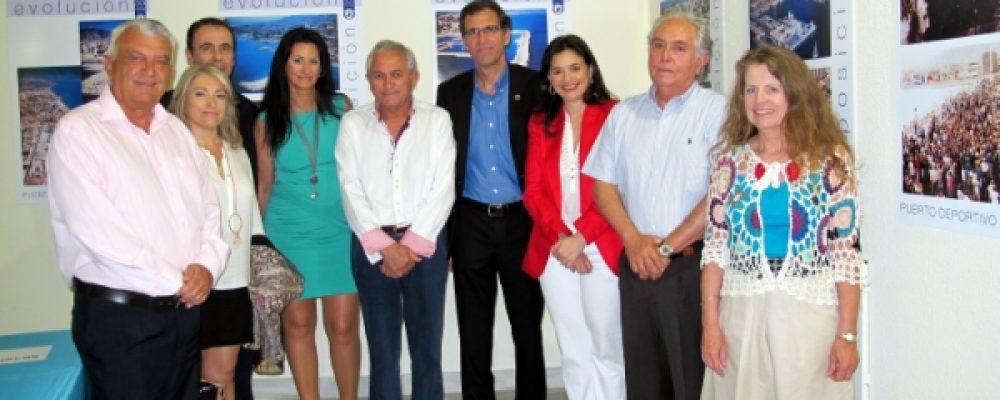 Abierta la Exposición retrospectiva '30 Años del Puerto'