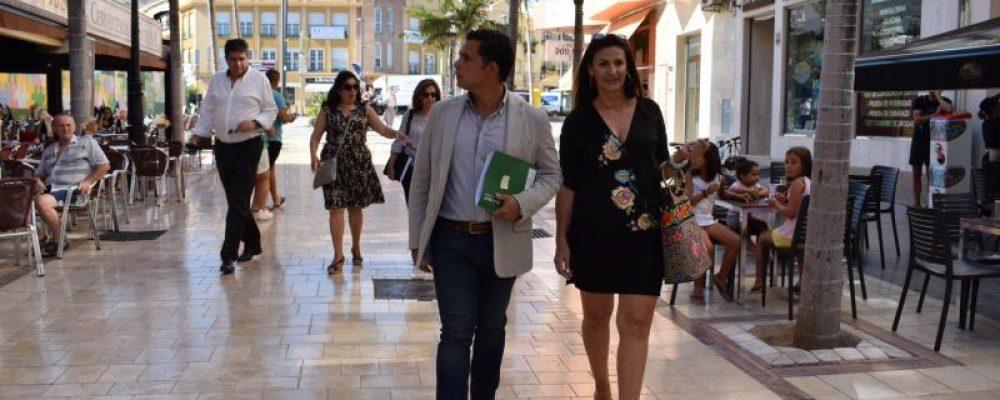 Visita del Director General de Comercio de la Junta al CCA de Benalmádena